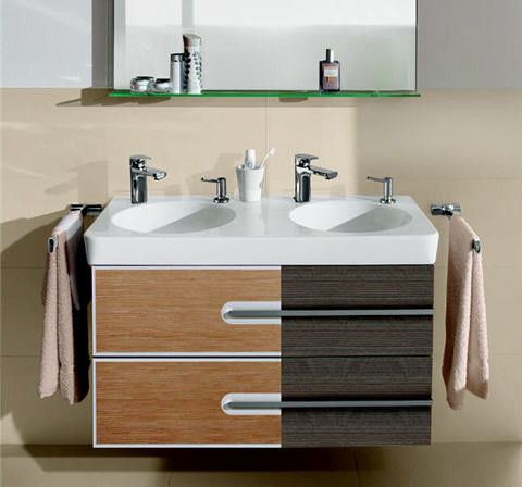 Meuble salle de bain villeroy et boch for Organisation salle de bain