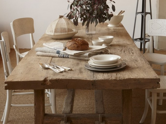 Table a manger bois brut for Table salle a manger bois brut
