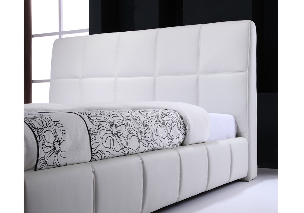 tete de lit en cuir blanc homeezy. Black Bedroom Furniture Sets. Home Design Ideas