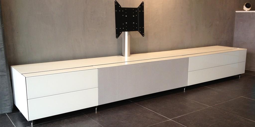 Meuble tv haut de gamme blanc for Meuble de tv haut