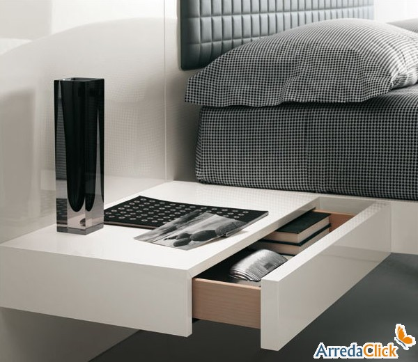 photo table de chevet fixation murale. Black Bedroom Furniture Sets. Home Design Ideas