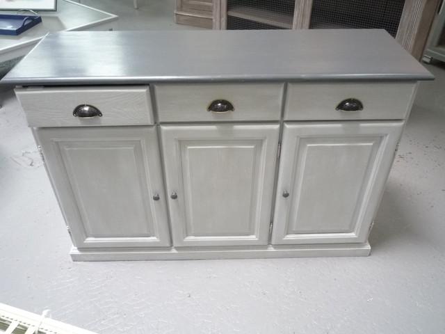 buffet de cuisine bas 3 portes. Black Bedroom Furniture Sets. Home Design Ideas