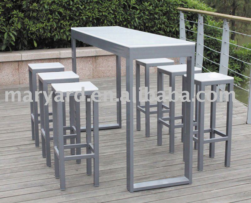 Table de bar pour exterieur for Table haute exterieure