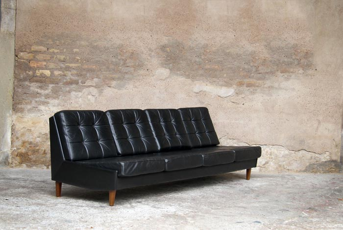 canap cuir vintage fly table de lit a roulettes. Black Bedroom Furniture Sets. Home Design Ideas