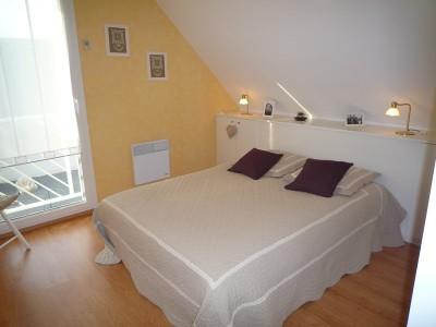 tete de lit maison. Black Bedroom Furniture Sets. Home Design Ideas