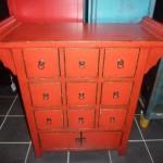 meuble design rouge laqué