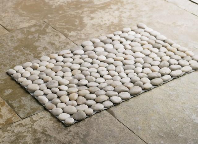 organisation tapis salle de bain rond