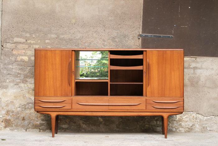 meuble design danois. Black Bedroom Furniture Sets. Home Design Ideas